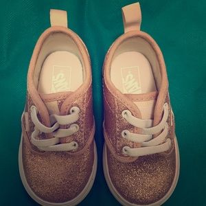 VANS for TODDLERS SIZE 5